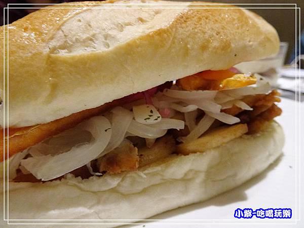 秘魯式燉炸豬肉三明治 (1)12.jpg