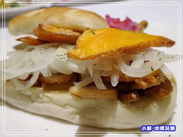 秘魯式燉炸豬肉三明治 (4)14.jpg