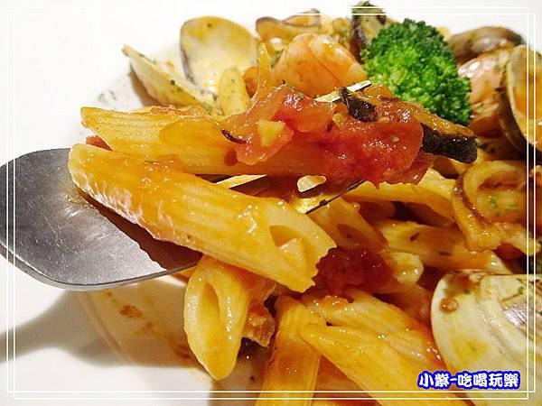 海鮮筆管蕃茄義大利麵 (5)17.jpg