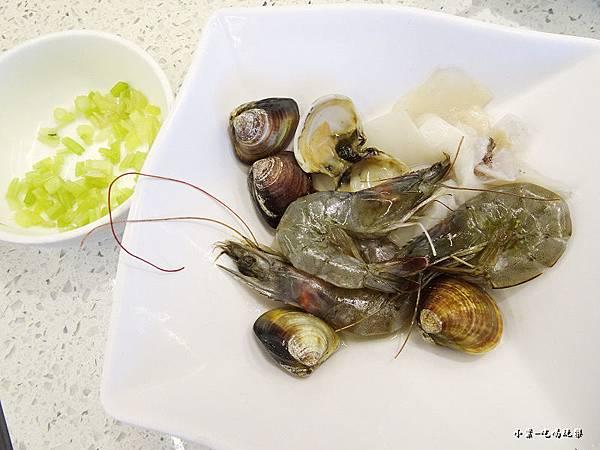 原味招牌海鮮粥 (2)0.jpg