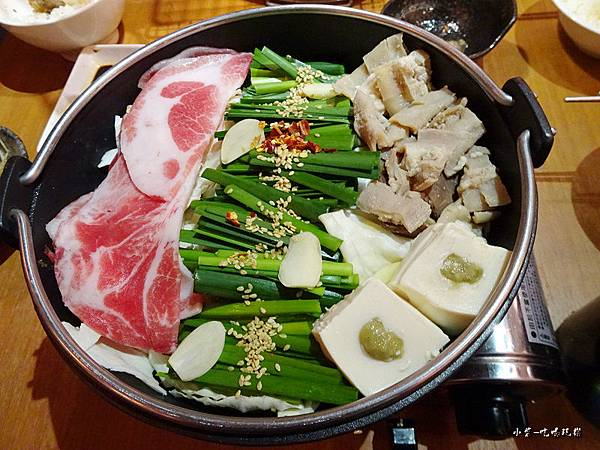博多白味噌牛腸鍋 (2)2.jpg