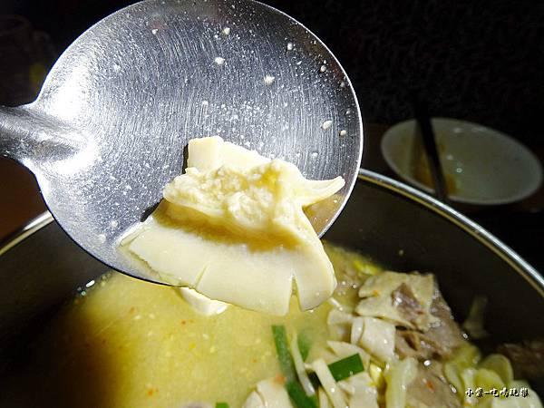 博多白味噌牛腸鍋 (12)1.jpg