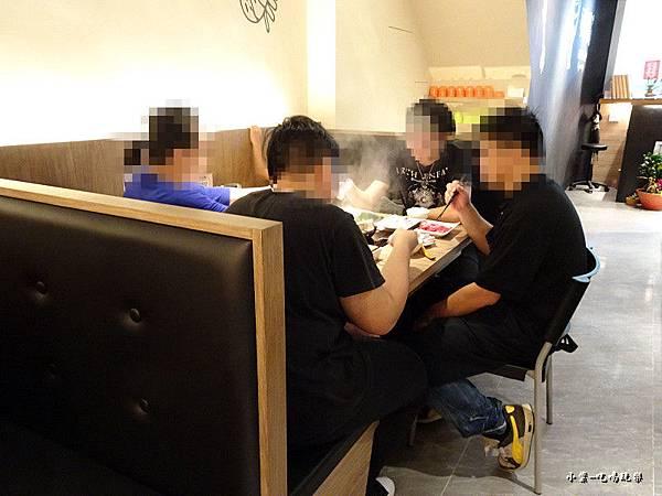店家員工餐34.jpg