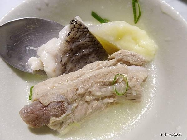 榴香金選鱸魚片湯 (6)14.jpg