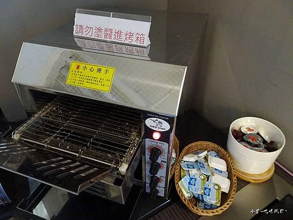 台中-光之旅店早餐篇14.jpg