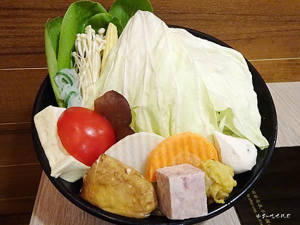 鍋太炫菜盤60.jpg