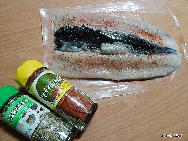 義式香料煎魚肚 (3)3.jpg