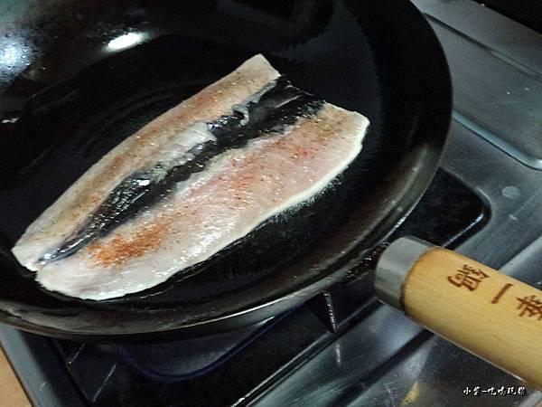 義式香料煎魚肚 (4)4.jpg