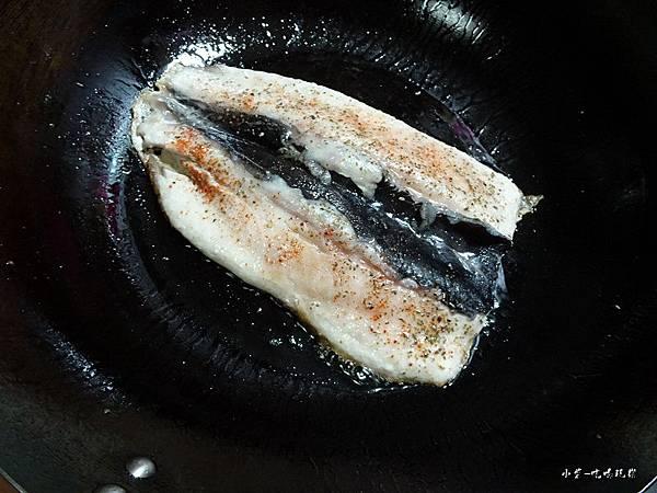 義式香料煎魚肚 (5)5.jpg