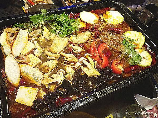 1魚2吃麻辣火鍋 (3)2.jpg