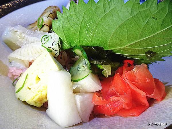 炙燒海鮮丼 (1).jpg