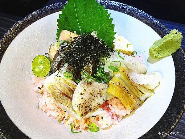 炙燒海鮮丼 (3).jpg