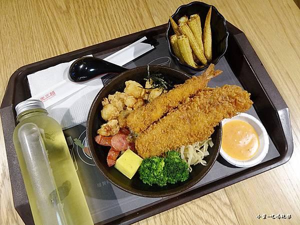 海鮮一番技丼飯 (2)18.jpg