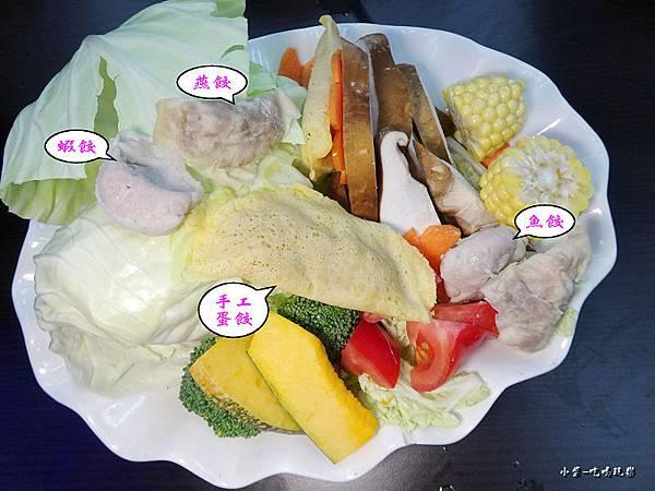 煮火鍋菜盤44.jpg