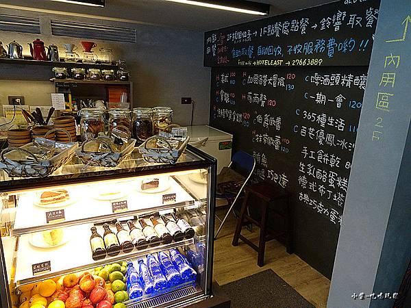 O.L.O  CAFE (4)5.jpg