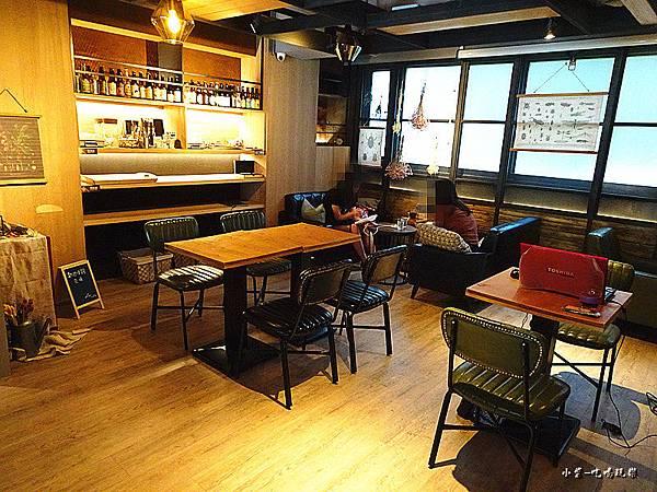 O.L.O CAFE (6)7.jpg