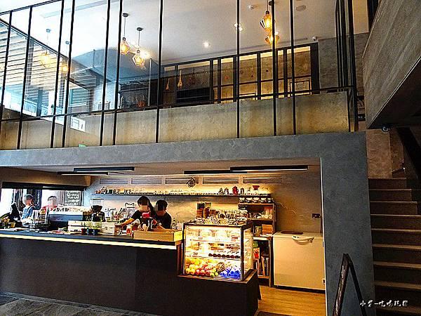 O.L.O  CAFE (12)2.jpg
