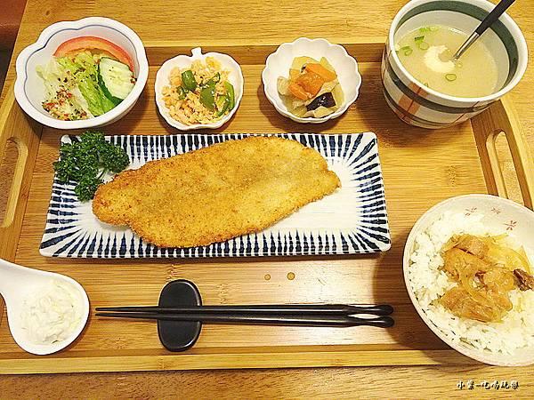 香酥巴沙魚排佐塔塔醬 (2)40.jpg