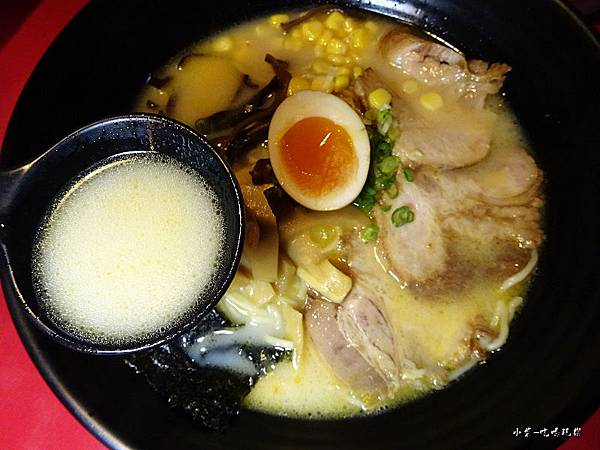 九州豚骨拉麵 (4)25.jpg