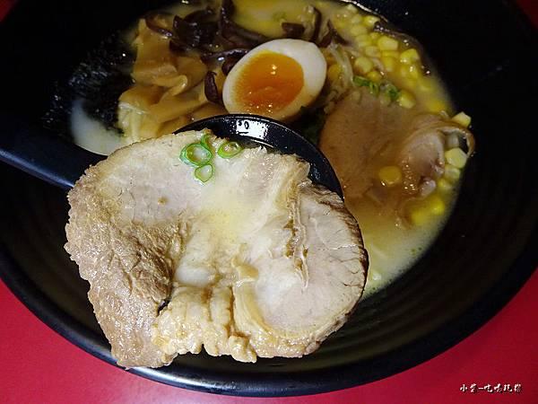 九州豚骨拉麵 (5)26.jpg