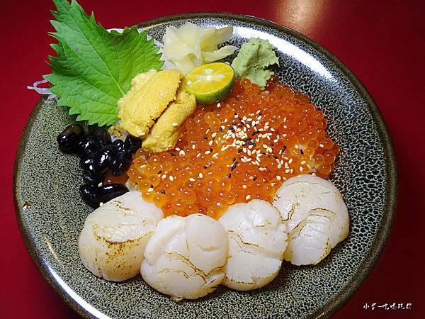 甘貝鮭魚卵丼 (2)44.jpg