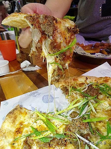 明治壽喜燒牛肉披薩 (1)2.jpg