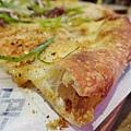 明治壽喜燒牛肉披薩40.jpg