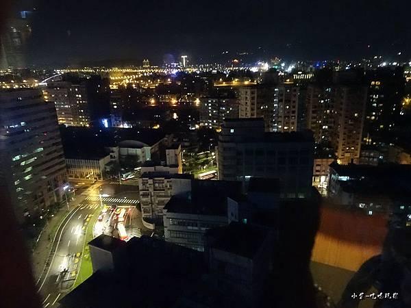 que17樓夜景 (1)7.jpg
