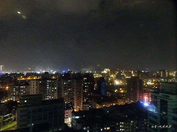 que17樓夜景 (2)8.jpg