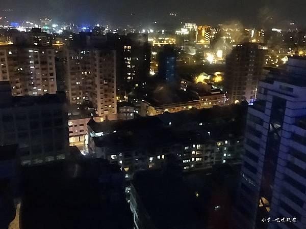 que17樓夜景 (4)10.jpg