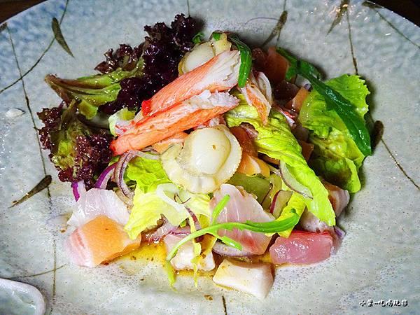 生魚片海鮮沙拉 (2)52.jpg
