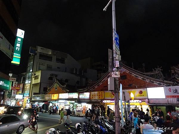 新竹城隍廟口 (1).jpg