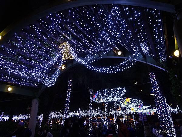 2017新北歡樂耶誕城16.jpg
