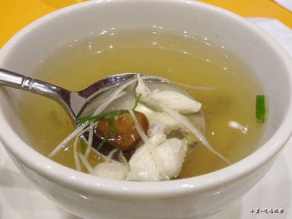 日式珍菇雞肉湯4.jpg
