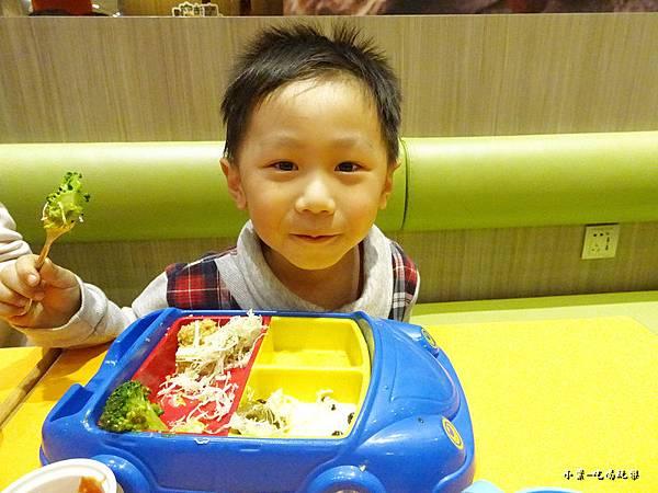 炸豬排兒童餐 (1)11.jpg