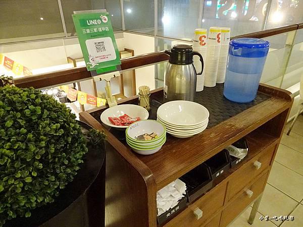2樓用餐環境 (6)0.jpg