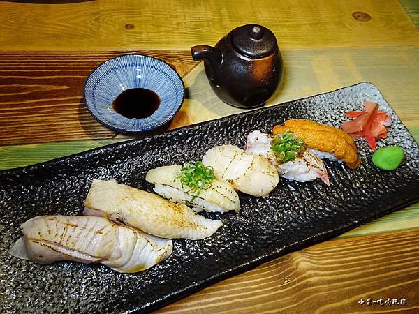 小料理極上炙燒握壽司4.jpg