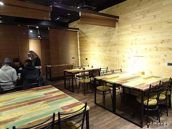 新用餐區 (2)21.jpg