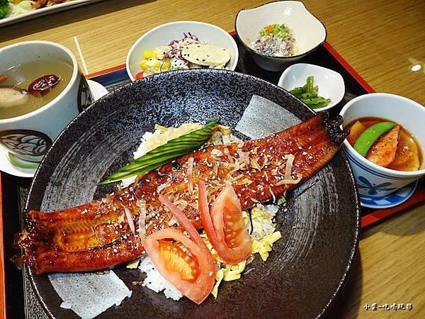 霸氣鰻魚丼 (5)2.jpg