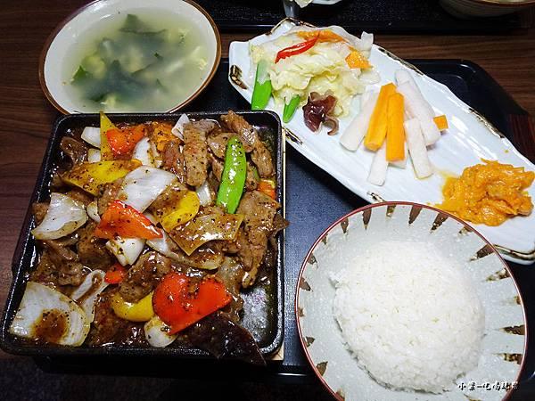 黑胡椒牛柳升級套餐.jpg
