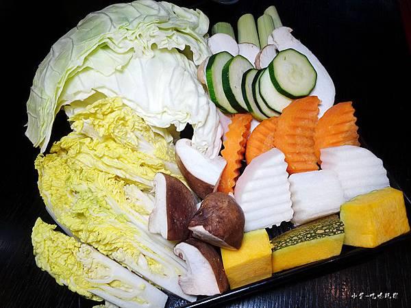 火鍋什錦蔬菜盤34.jpg