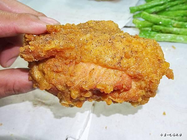 雞董炸雞-靜宜店22.jpg