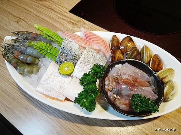豪華白蝦鍋 (2)52.jpg