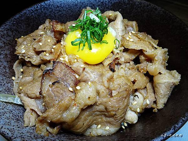 直火燒肉丼(牛肉) (2)0.jpg
