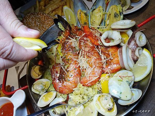 西班牙番茄海鮮烤飯 (3)1.jpg