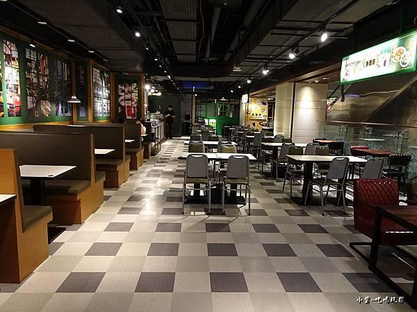 魚蛋哥香港料理茶餐廳 (9).jpg