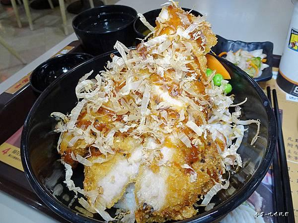 站立豬排咖哩丼 (2).jpg