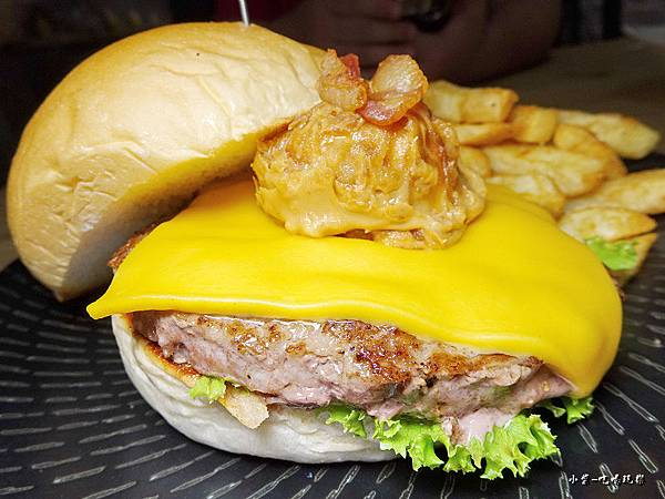 你濃我濃花生盤漢堡 (4)24.jpg
