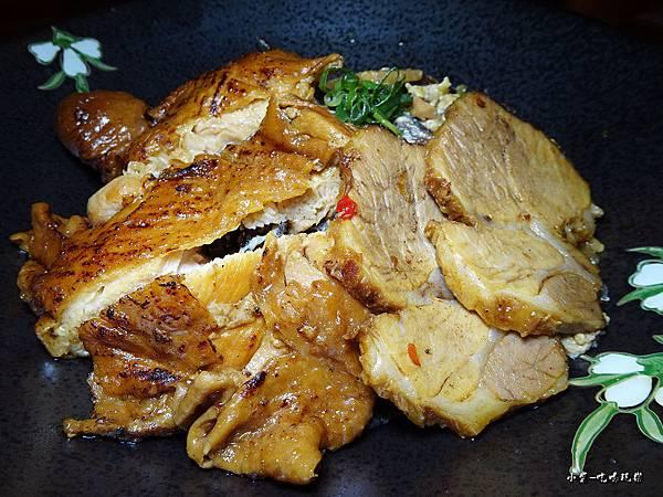 叉燒嫩雞雙拼丼飯 (3).jpg