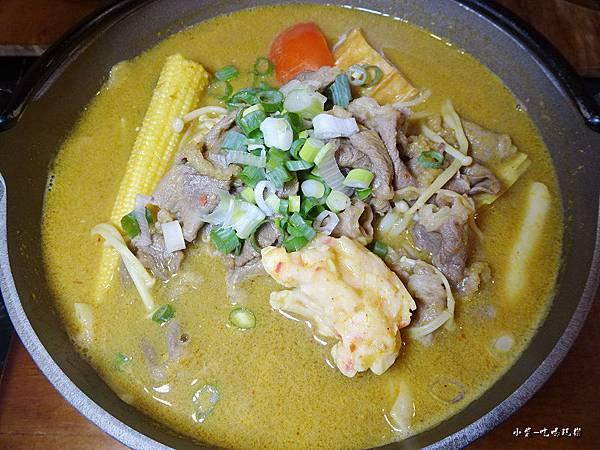 南洋咖哩牛肉鍋 (2).jpg